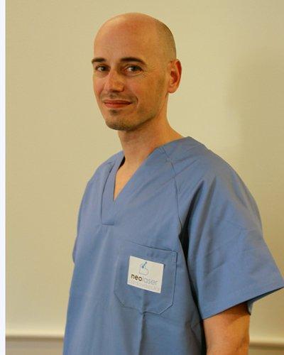 José Sarmiento, enfermero instru